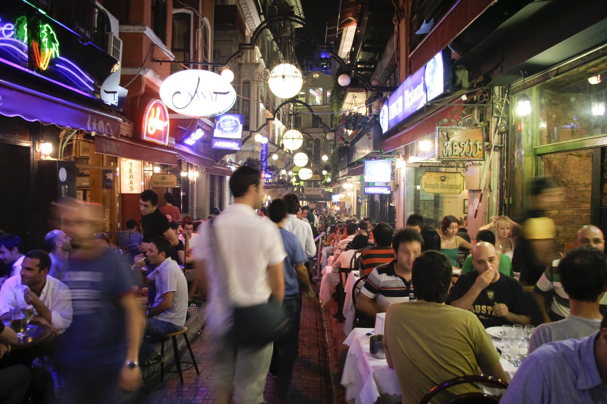 Enviar currículum y trabajar en turismo
